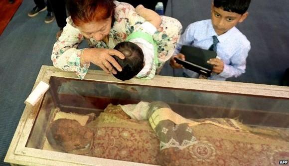 日本にキリスト教を伝えたフランシスコ・ザビエルのミイラが10年