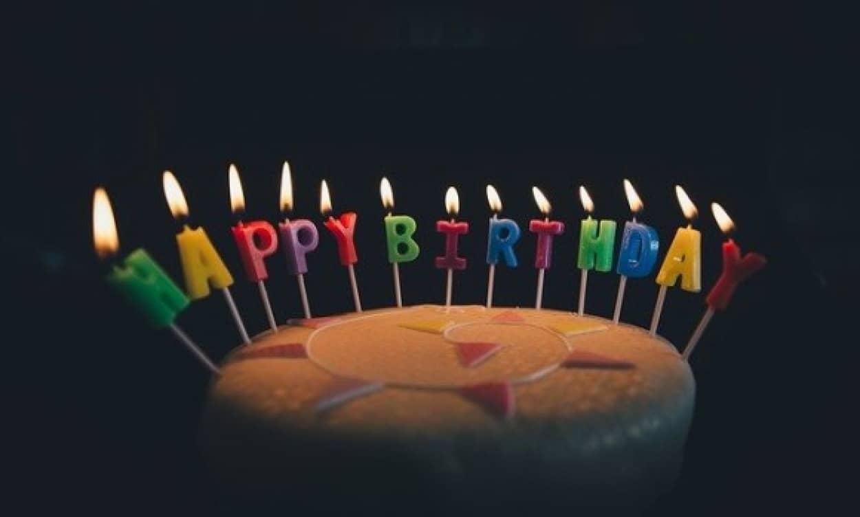 誕生日に死ぬ確率が上がる「誕生日効果」は本当なのか?その根拠となる4つの理論