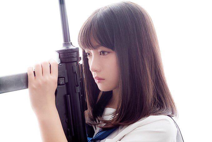 橋本環奈ちゃんが部屋に置いてそうな武器