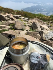 磐梯山山頂お昼ご飯