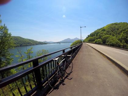 桧原湖一周サイクリング 新緑