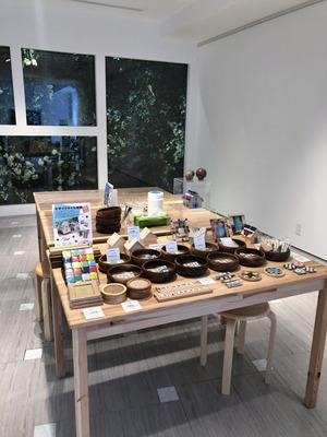 京橋 LIXILギャラリーでモザイクタイル体験