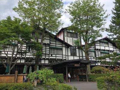 軽井沢 万平ホテル カフェテラスでティータイム