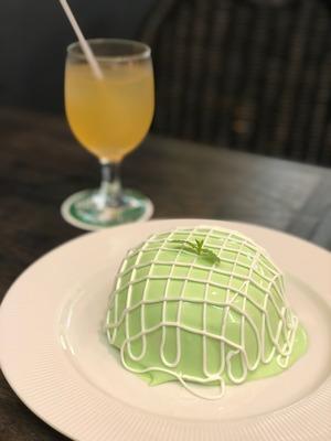 銀座 ブリッヂのメロンパンケーキ