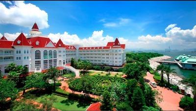 香港ディズニーランド・ホテルの予約をしました