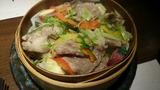 霜降り牛肉と水菜の蒸篭蒸し
