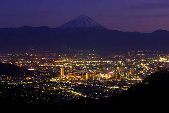 The_night_view_of_Kofu_City