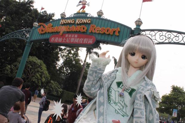 娘(人形)と一緒に香港ディズニーランドに行ってきたで!