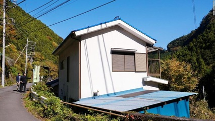 03-japan-vacant-houses-super-169