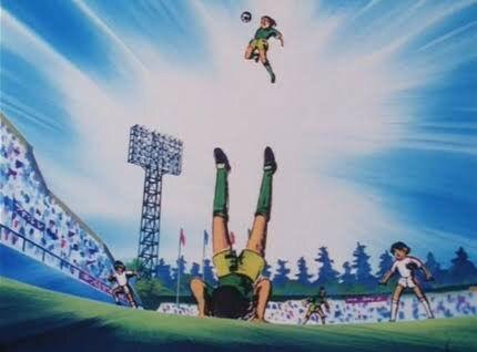 誰もが一度は思いつくサッカー戦術「全員でゴール固める」「全員でボールを囲む」