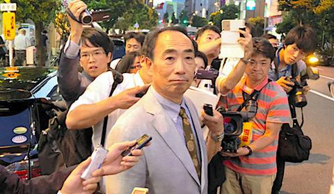 籠池、安倍首相演説会場に登場「こんな人がまた日本の総理に?残念です」 ネット「詐欺師に残念がられる総理大臣なんて素敵…」