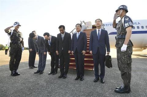 韓国特使団と北朝鮮側との会談、平壌で始まる
