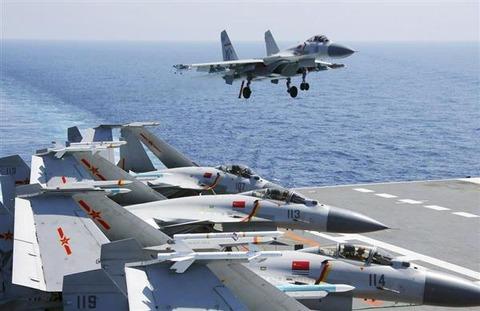【日中】中国空母など7隻、沖縄-宮古間を通過