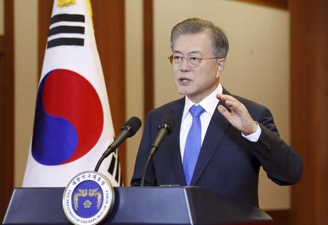 【文在寅】南北経済協力、推進に意欲 韓国大統領が記者会見