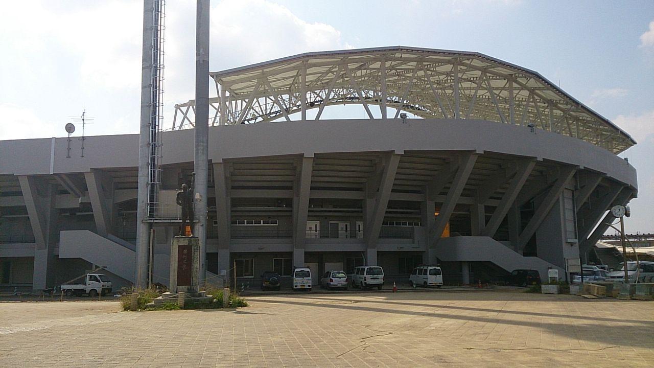 沖縄市野球場