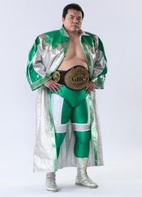 チャンピオンベルトが似合う三沢さん
