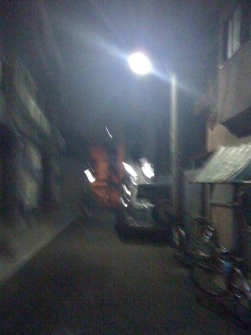 夜の西成の風景