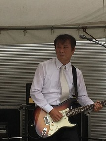 ギターの方