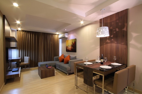 新築物件「Upper Suites 25」
