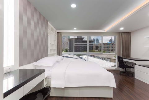 1B - Bedroom