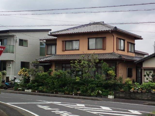 耐震に優れた屋根と住まいを作りました。