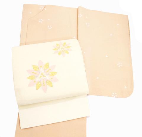 桜の花散し縮緬小紋、花模様爪掻綴八寸名古屋帯