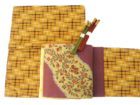 草木染手織絣格子紬、古代更紗模様紬名古屋帯