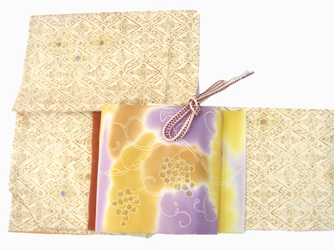 木版調更紗染紬着物、葡萄蔓模様暈し染名古屋帯