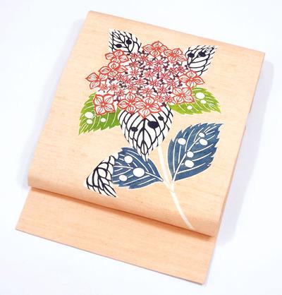 紫陽花の柄型絵染紬名古屋帯