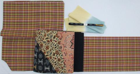 多色使い小格子手織紬着物、明治時代の木綿更紗布使用 創作帯