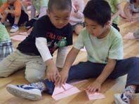 折り紙ヒコーキ 002