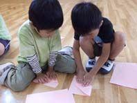 折り紙ヒコーキ 001
