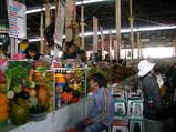 クスコ市場のジュウゴデ叔母