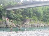 20090811川辺川25飛込み