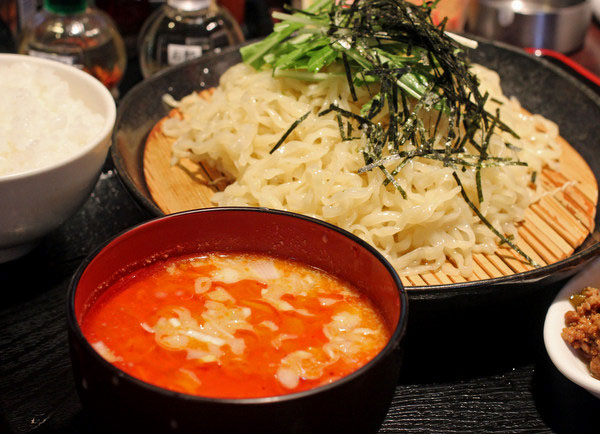 日光(今市)・ユタの店。冷しざる担担麺