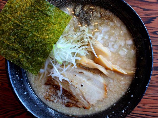 栃木市・拉麺雷多。とんぼ