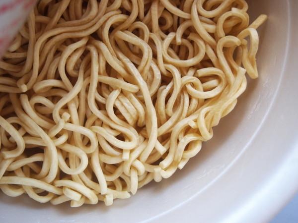セブンプレミアム・中華蕎麦とみ田2012 (4)