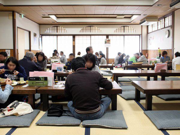 栃木市・いづるや(満員でも回転率は早い)