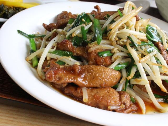 レバニラ定食@長栄軒