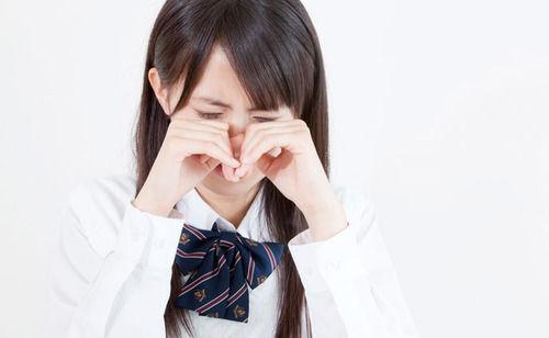 【文盲さん】他人を小馬鹿にする事が多い彼女に軽くキレてしまい「お前、言い方に気をつけろ」と注意したら急に黙り込んで泣き出し後日周囲にない事ない事吹聴してた
