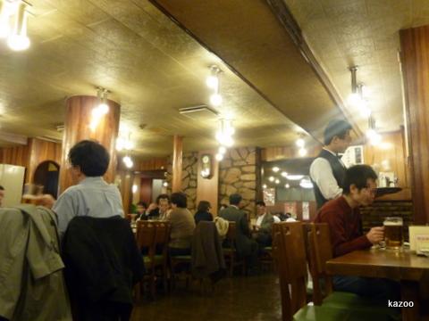 神谷バー店内