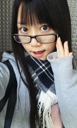小倉唯 (1)
