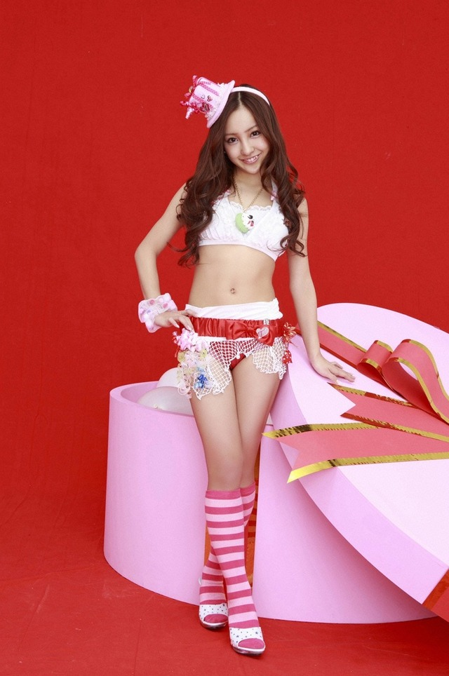 板野友美 (21)