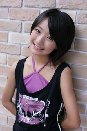 荻野可鈴 (19)