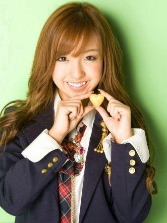 板野友美 (14)