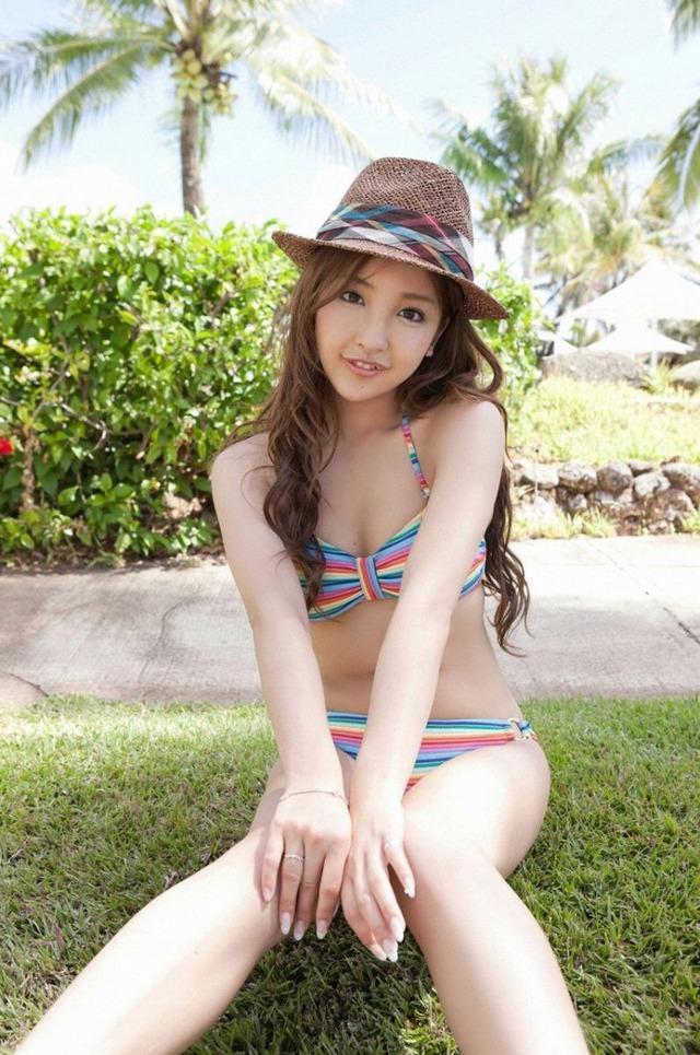 板野友美 (13)