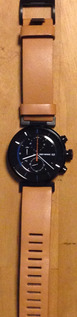新しい腕時計