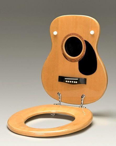 a98778_guitarl toilet450