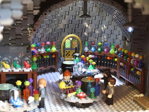 479394-potions-classroom