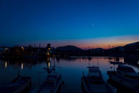 th_港の夕景